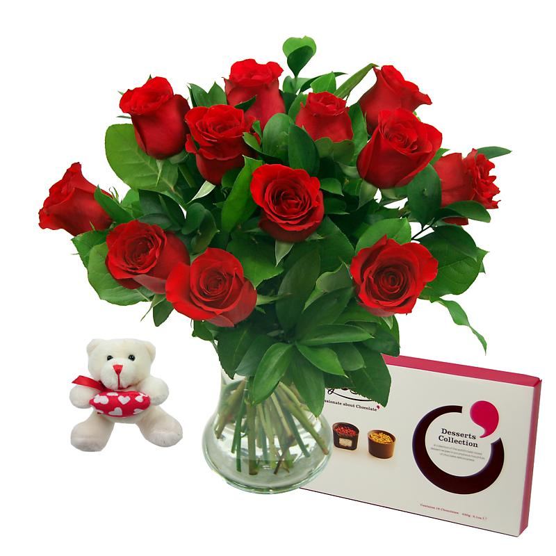 Stockists of 12 Red Roses True Romance Gift Set