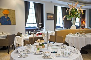 Stockists of 2 for 1 Afternoon Tea at Avista Restaurant at The Millennium Hotel Mayfair