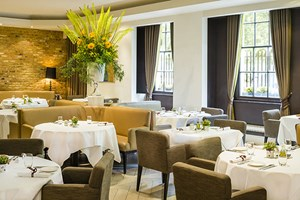 Stockists of 2 for 1 Champagne Afternoon Tea in Avista Restaurant at The Millennium Mayfair