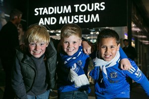 Bargain Adult and Child Chelsea FC Museum Experience Stockists