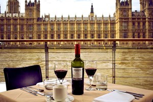 Bargain Bateaux Thames Lunch Cruise for Two Stockists