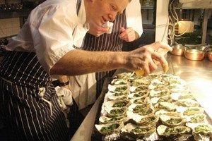 Bargain Bentley's Oyster Class with a Three Course Lunch and a Glass of Champagne Stockists