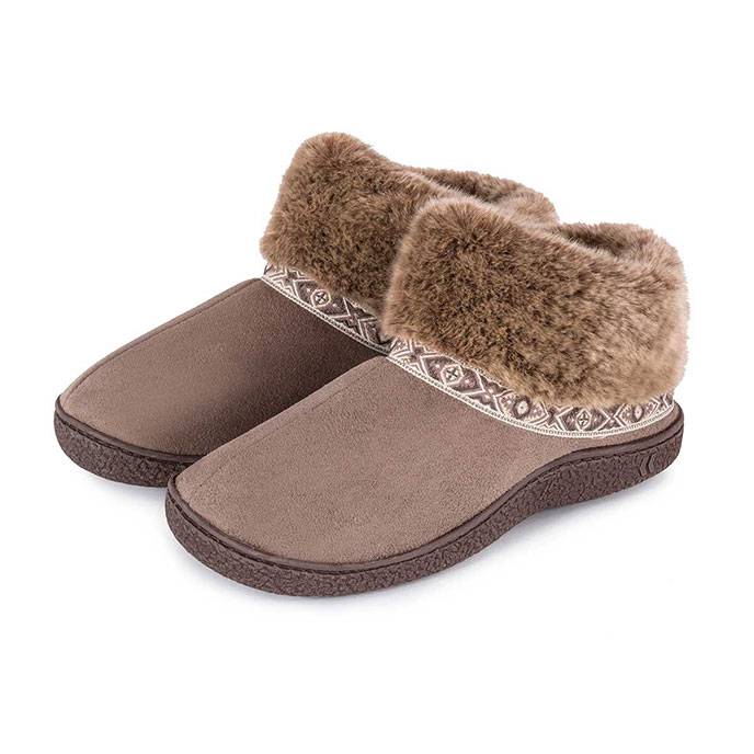 Bargain Isotoner Ladies Pillowstep Bootie Slippers with Fur Cuff Taupe UK Size 7 Stockists
