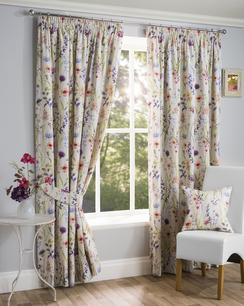 Stockists of Multi Hampshire Ready Made Lined Curtains