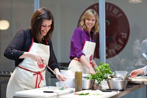Bargain One Hour Cookery Lesson at L'atelier des Chefs Stockists