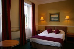 Bargain One Night Break with Dinner at Georgian House Hotel Stockists