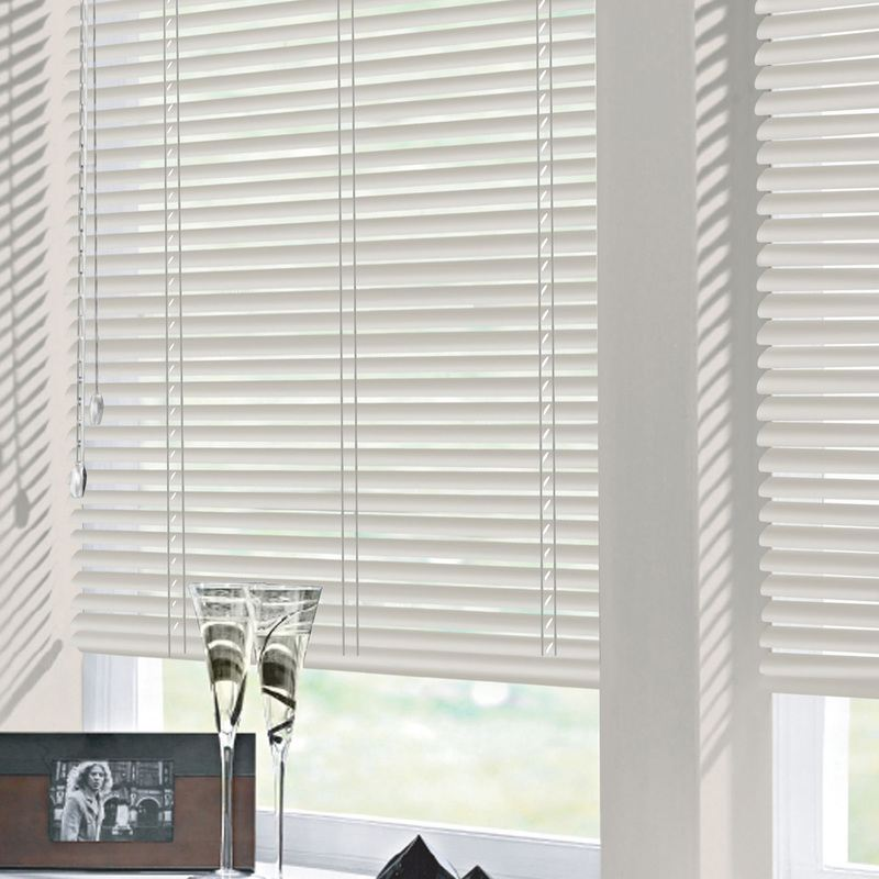 Bargain Platinum 25mm Nova Aluminium Venetian Blind Stockists