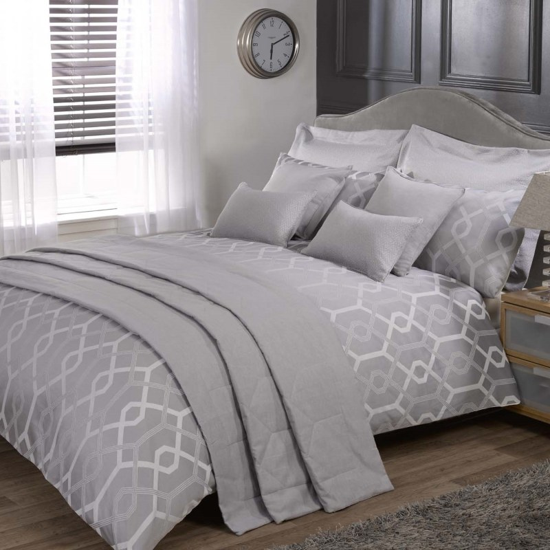Bargain Silver Julian Charles Harrison Bedding Stockists