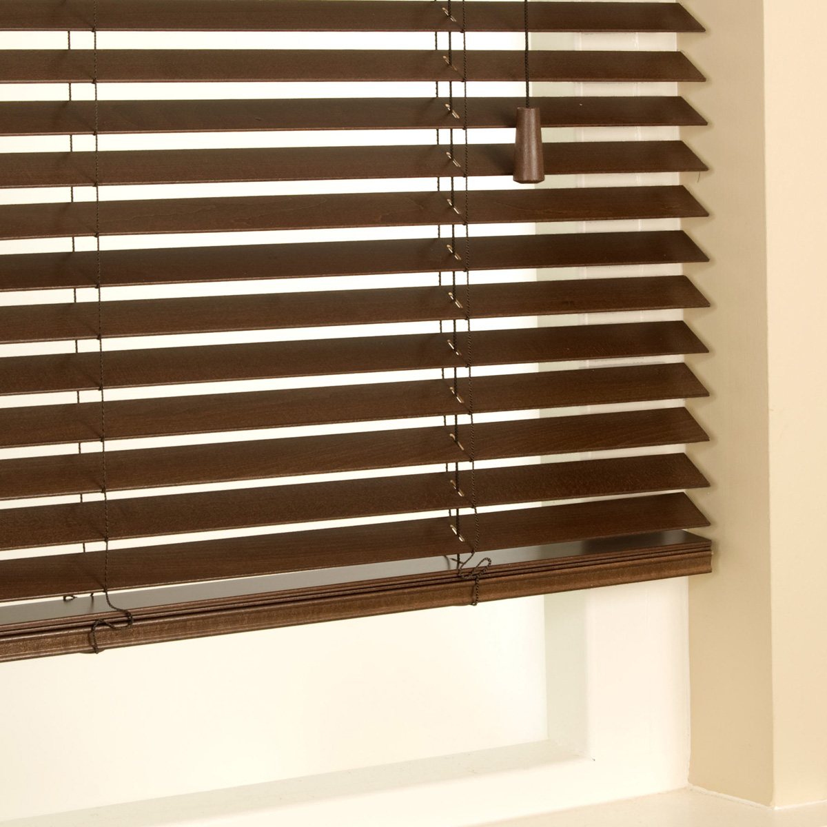 Bargain Walnut 35mm Primary Wood Venetian Blinds Stockists